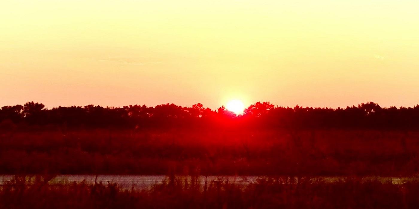 Там, де і сонце відпочиває  - це УДАЧНЕ МІСЦЕ